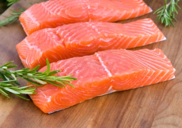 https://chicenchocolat.files.wordpress.com/2012/06/wild_salmon_filets1.jpg?w=300